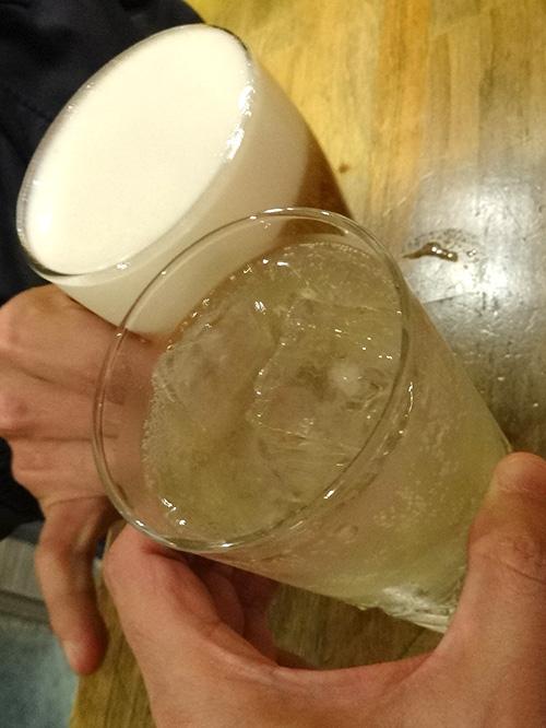 57ワインサワー白乾杯