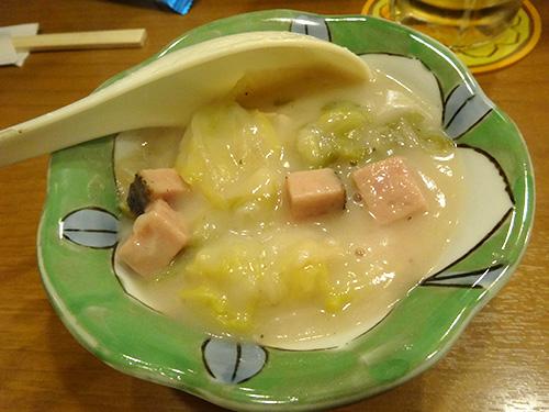 17白菜と粗びきソーセージのクリームシチュー