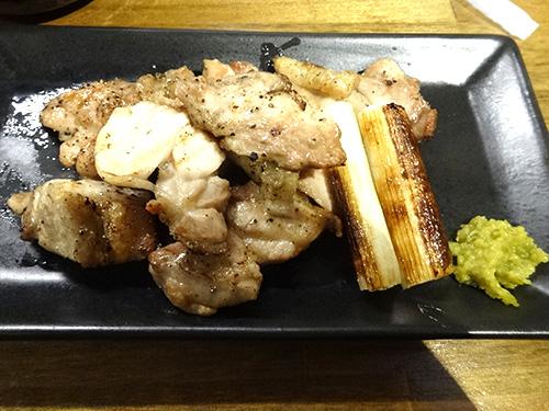 25丹波地鶏の黒胡椒焼
