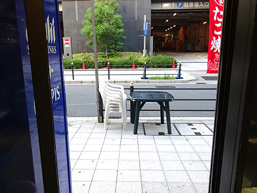 09外テーブル