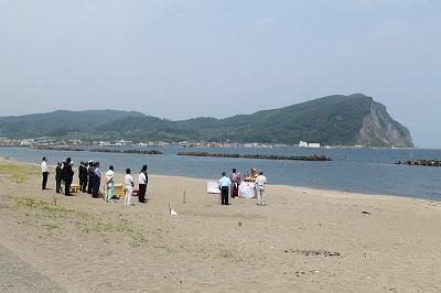 浜中・モイレ海水浴場 浜開き 2014年7月18日 001 シリパ前景