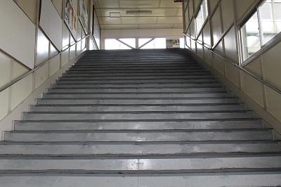 余市駅 階段2014-08-08 013