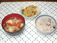 3/1 夕食 ジャガイモとシメジの明太炒め、豚汁、雑穀ご飯
