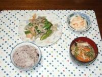 3/14 夕食 海老とレンコン、スナップえんどうの塩炒め、長いもの明太和え、具だくさん味噌汁、雑穀ご飯