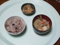 3/21 昼食 昆布・明太子入り納豆、豚汁、雑穀ご飯