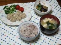 3/29 夕食 しゅうまい、茄子とピーマンの味噌炒め、豆腐とワカメ・ネギの味噌汁、雑穀ご飯