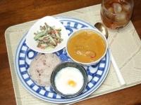 5/12 夕食 ツナカレー、ごぼうのサラダ、レンジ温泉玉子、雑穀ご飯