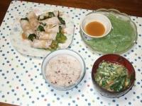 5/22 夕食 豚の巻しゃぶ、さしみこんにゃく、ニラ玉味噌汁、雑穀ご飯