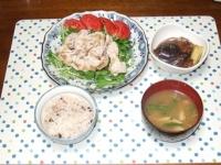 6/16 夕食 豚しゃぶ、ナスと油麩の煮物、しめじのインゲンの味噌汁、雑穀ご飯