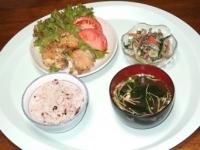 6/23 夕食 鶏のハーブ焼き、ごぼうのサラダ、ワカメの味噌汁、雑穀ご飯