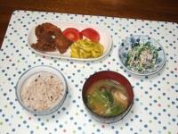 7/5 夕食 鶏の唐揚げ、ほうれん草の白和え、シメジと小松菜の味噌汁、雑穀ご飯