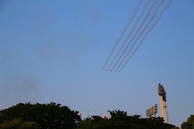 5/31 ブルーインパルス リーダーズベネフィット  国立競技場上空