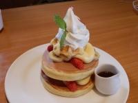 4/19 イチゴ&バナナパンケーキ  不二家