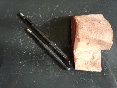 音の出ない工具