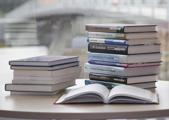 本を読んでも