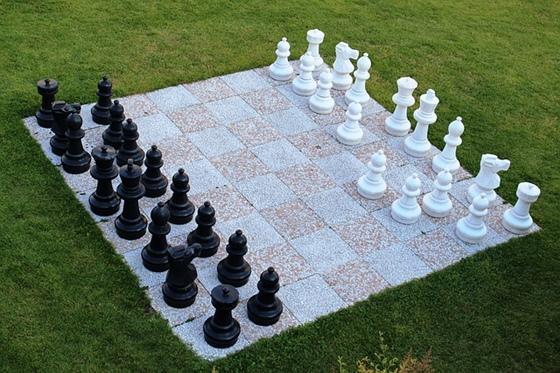 白と黒とチェス