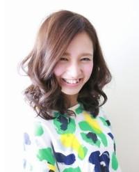 2014年 夏のヘアカラー 服のファッションに合わせて人気で旬の髪色を見つける方法