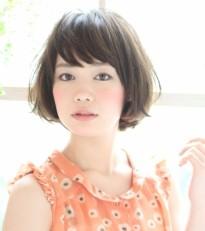 夏の髪型 面長さんに似合う流行りのショートヘアカタログ