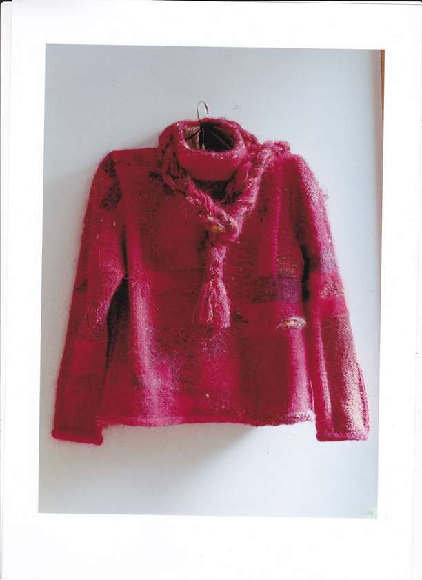 赤いセーター