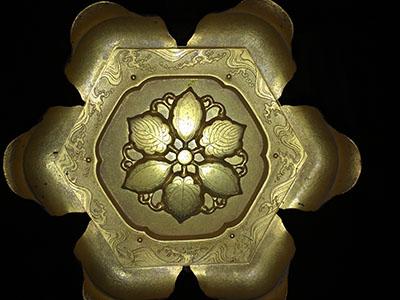 京都五條天神宮拝殿内吊り灯籠