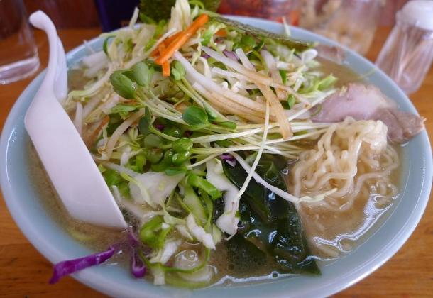 201211116 生野菜チャーシューメン850円