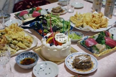 晩ご飯の食卓