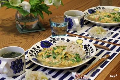 天津飯とワカメスープ