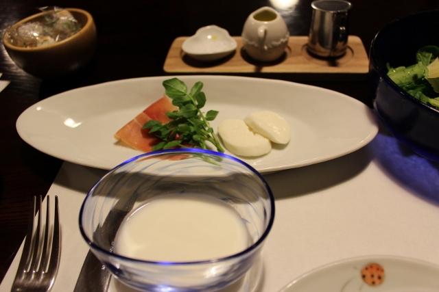 朝食4 (640x427)