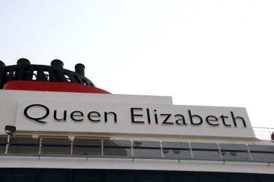 Queen Elizabeth-006