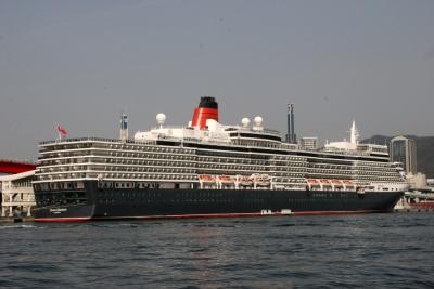 Queen Elizabeth-008