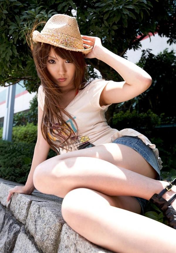 Dalam dunia JAV, Tsubasa Amami yang cantik dan seksi ini termasuk salah satu dari 10 artis JAV populer dan tercantik...