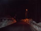 除雪された道を登山口へ