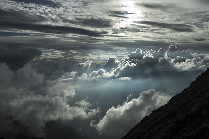 140807 雲間の光