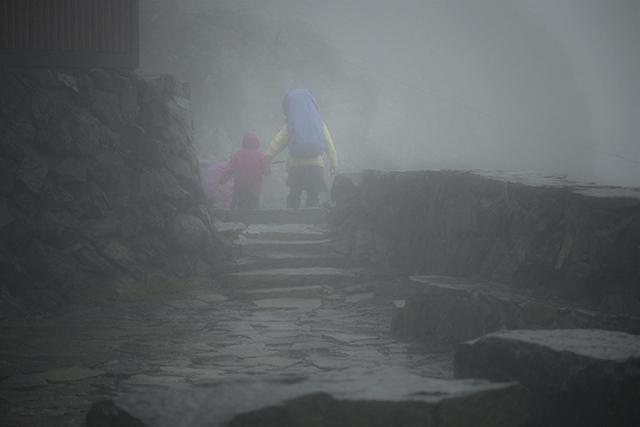 140811 雨の小屋_7