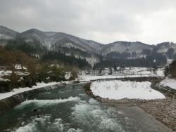 白川郷(であい橋の上からの眺め)