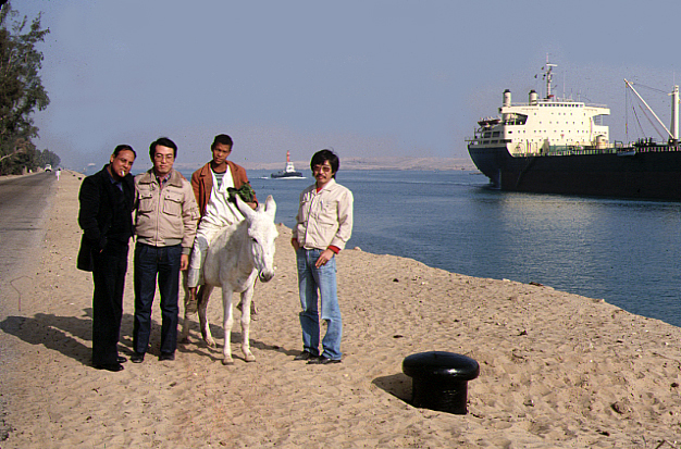 Suez3s.jpg