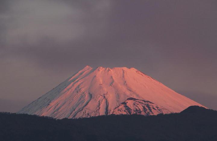 12月10 6-37 今朝の富士山-1