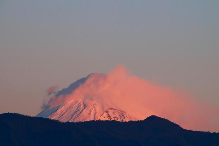12月15 6-43 今朝の富士山.-1
