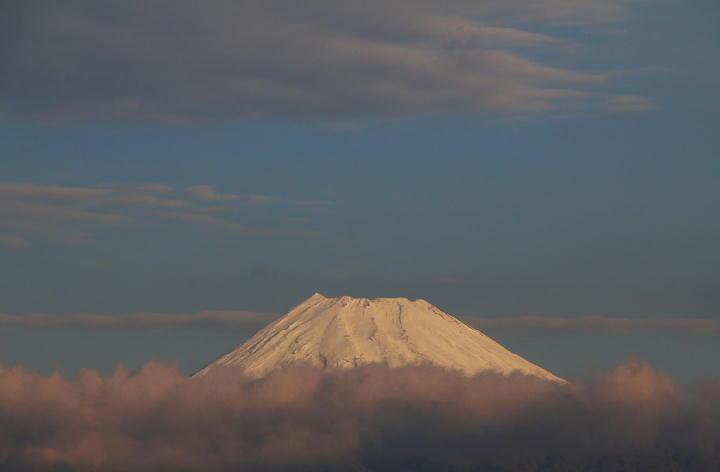 12月24 7-39 今朝の富士山-1