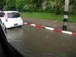 渋滞と冠水