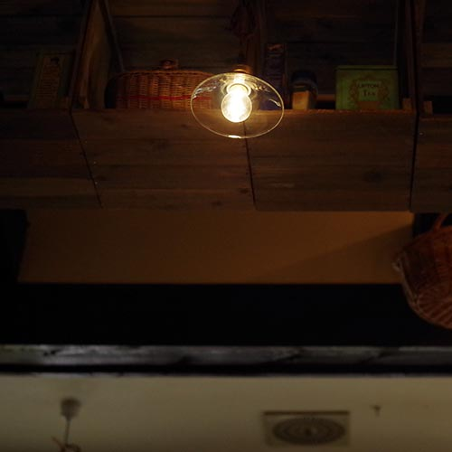レトロなクリアLED電球