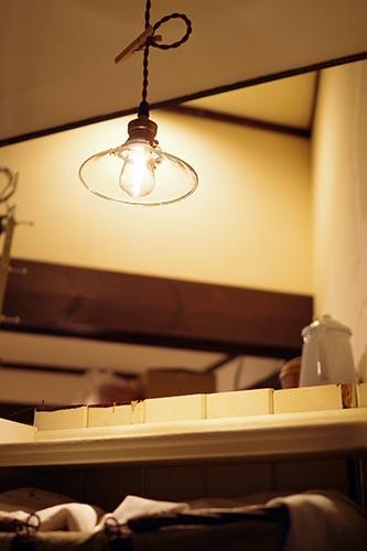 クリアタイプのLED電球