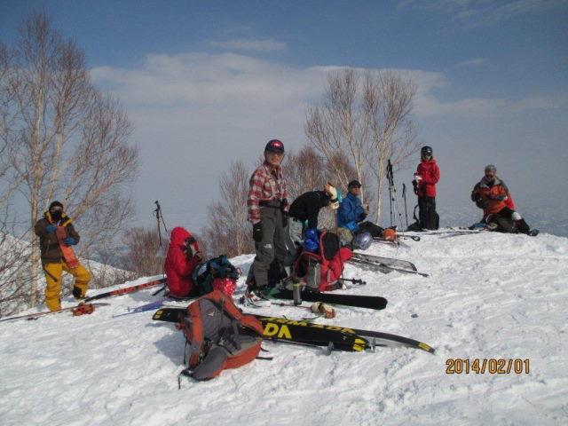 03 前山山頂で記念撮影