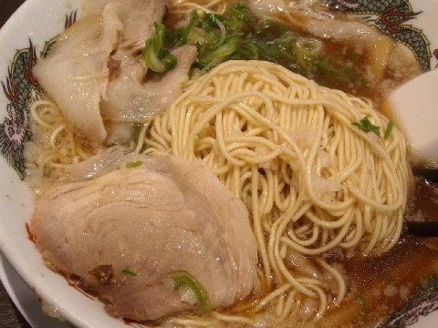 来来亭・ラーメン 麺