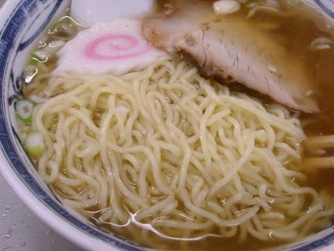 共進軒・ラーメン 麺