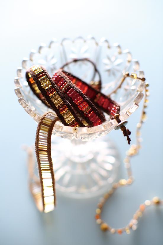 bracelet_g.jpg