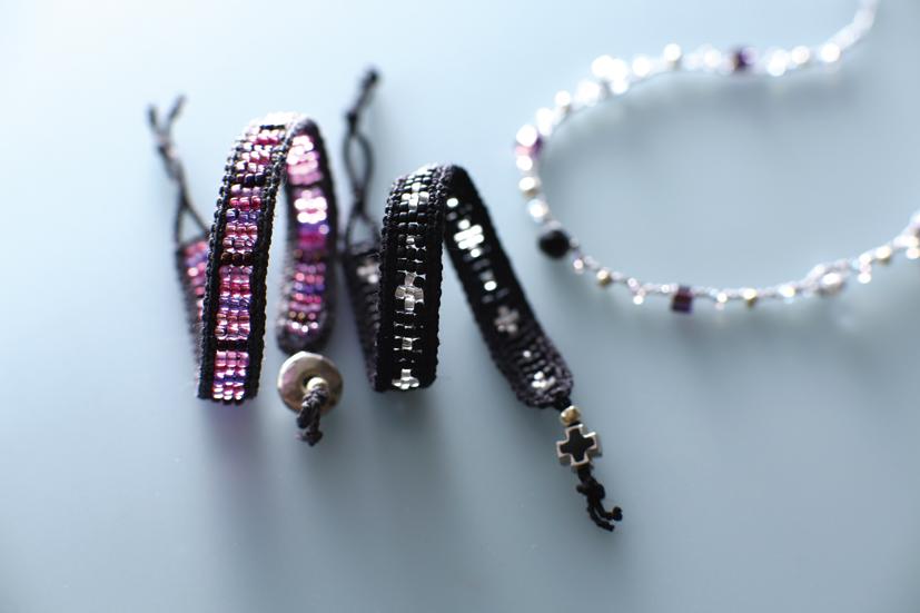 bracelet_p.jpg