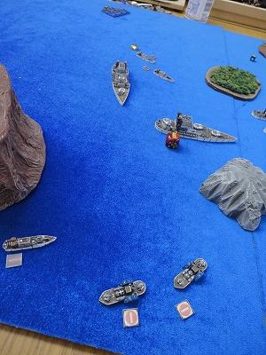 側面艦隊の危機
