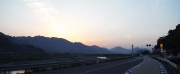 355km夜明けの有田川