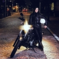 荒川静香と大型バイク